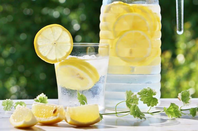 レモンのソーダ水